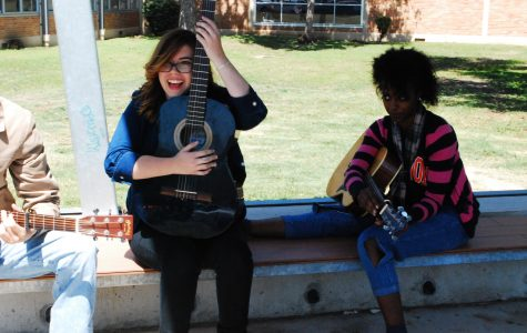 Songwriting class prepares for year-end concert