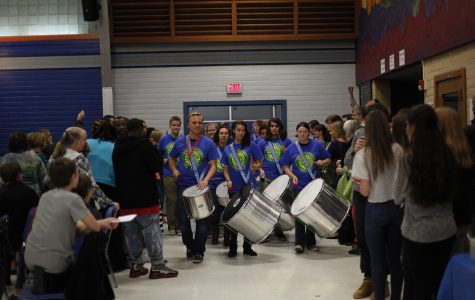 Listen: Samba Knights perform in lunch courtyard