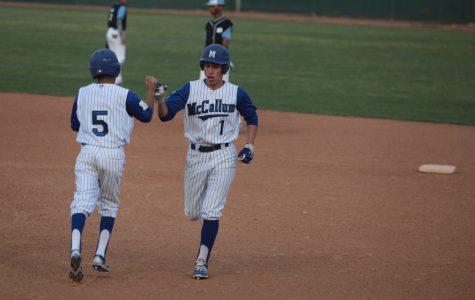 Varsity baseball completes the sweep