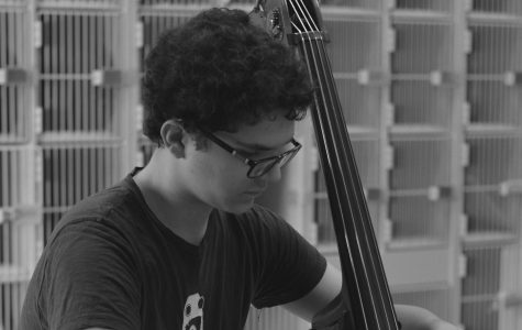 Talented junior is all about that bass