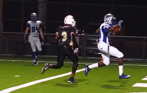 McCallum downs Lanier to go 9-0