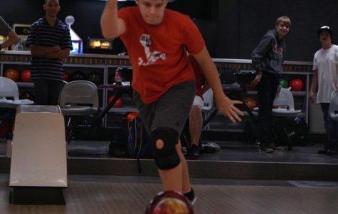 Bowling team clips Hawks 17-0 to open season