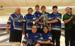 Bowling team advances to State