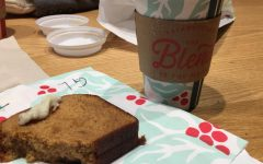 Starbucks Peppermint Mocha and Gingerbread Cake