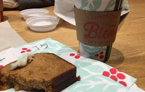 Starbucks Peppermint Mocha and Gingerbread Cake