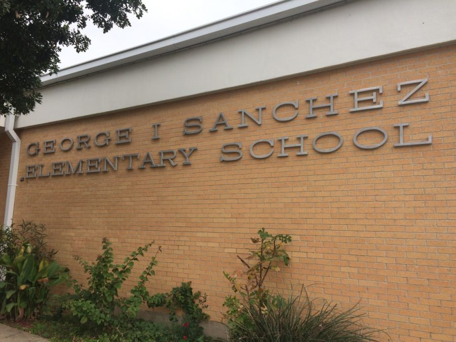 Sanchez+Elementary+is+another+East+Austin+school+that+has+a+large+number+of+native+Spanish-speaking+students.+Schools+like+Sanchez+used+to+be+much+more+common%2C+but+because+of+gentrification+many+of+the+minority+and+lower-income+families+have+had+to+move+to+nearby+cities.+Photo+by+Andrew+Klager.%0A