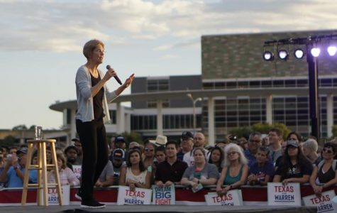 Warren makes Austin campaign appearance