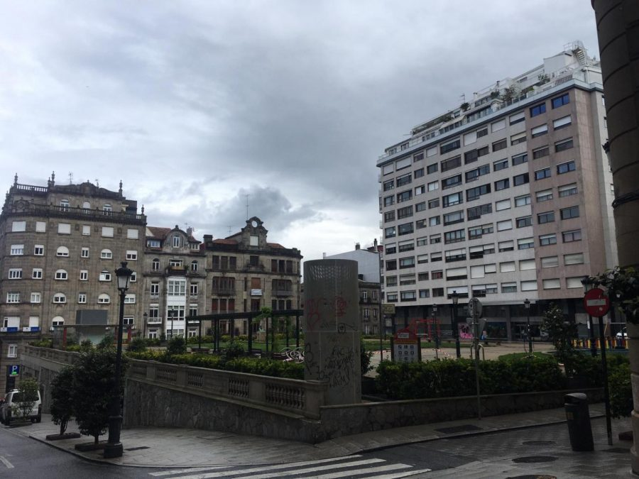 This+park+outside+of+Wilson%E2%80%99s+apartment+building+in+Vigo%2C+Spain%2C+has+been+abandoned+since+the+beginning+of+the+%E2%80%9Cstate+of+emergency%E2%80%9D+lockdown+in+Spain.+%E2%80%9C%5BIt%5D+is+usually+full+of+old+people+smoking+pipes%2C+dogs%2C+young+people+drinking%2C%E2%80%9D+she+said.+%E2%80%9CAt+night%2C+it%E2%80%99s+full+of+people+as+the+area+is+surrounded+by+bars.%E2%80%9D+Photo+courtesy+of+by+Manon+Wilson%0A