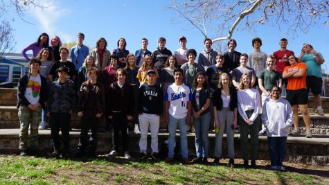 Mac seniors who attended Gullett Elementary posed for this group photo which will appear in the senior ad section of the 2020 Knight. Photo by Angus Sewell McCann.