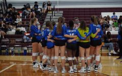 The host Lockhart Lions headed into their home varsity match on Friday night looking to complete a sweep of Coach Amy Brodbecks Knights, but instead it was the visitors who did the varsity sweeping, taking the final match of the evening, 3-0, with set scores of 25-10, 25-18 and 25-13. Photo by Jolie Gabriel.